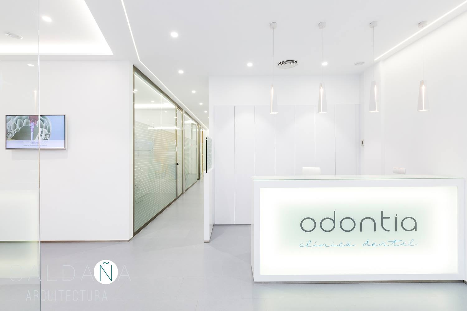Clínica dental Odontia - Chiclana